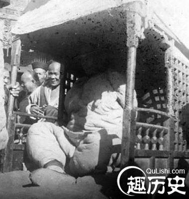 高清图—揭秘清朝女性被凌迟经过 凌迟是怎样进行的