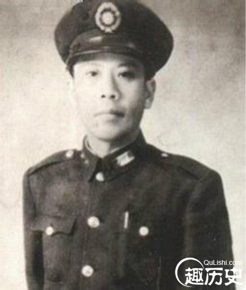 """黄百韬追悼会:蒋介石竟痛哭""""黄埔精神不死"""""""