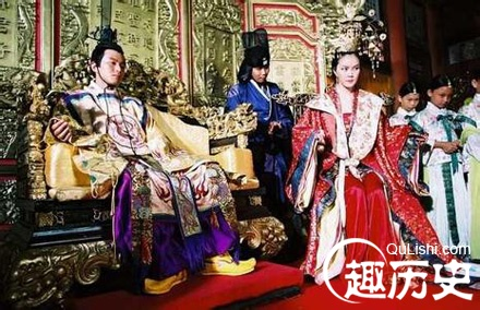 后宫揭秘 明清朝的皇帝们临幸嫔妃要过哪几关 高清图片