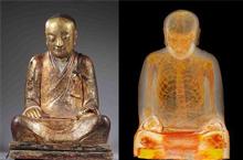 中国千年佛像内惊现打坐和尚真身 内脏已被掏空!