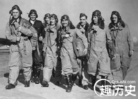 """揭秘二战英国空军""""鹰""""中队:成员全是美国人"""