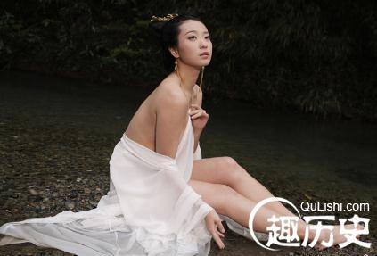 书上给中国古代四大美女的排位次序是:西施