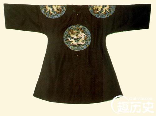 清朝服饰之:清代团龙补服