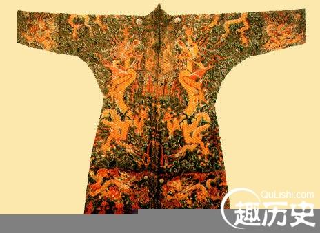 明朝服饰:明代洒线绣龙袍