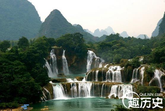 壁纸 风景 旅游 瀑布 山水 桌面 556_375