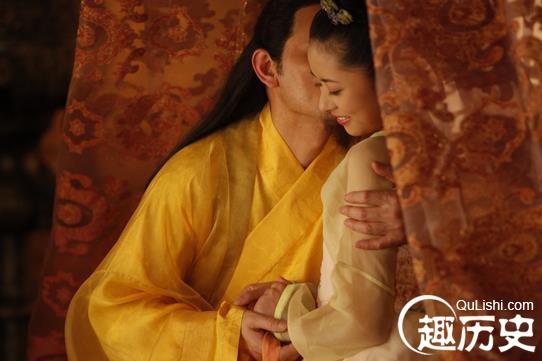 女人梦见老公当皇帝